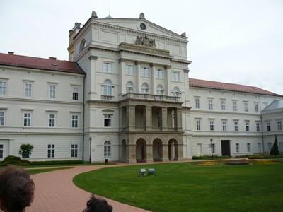 097 A könyvtár épülete.JPG - small