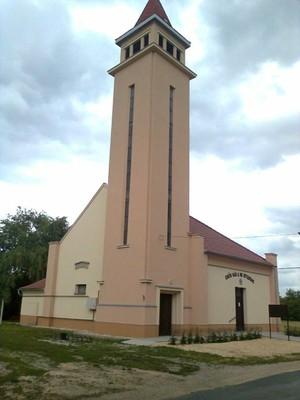 Mihályi - templom 2..jpg - small