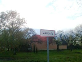 Vadosfa - tábla